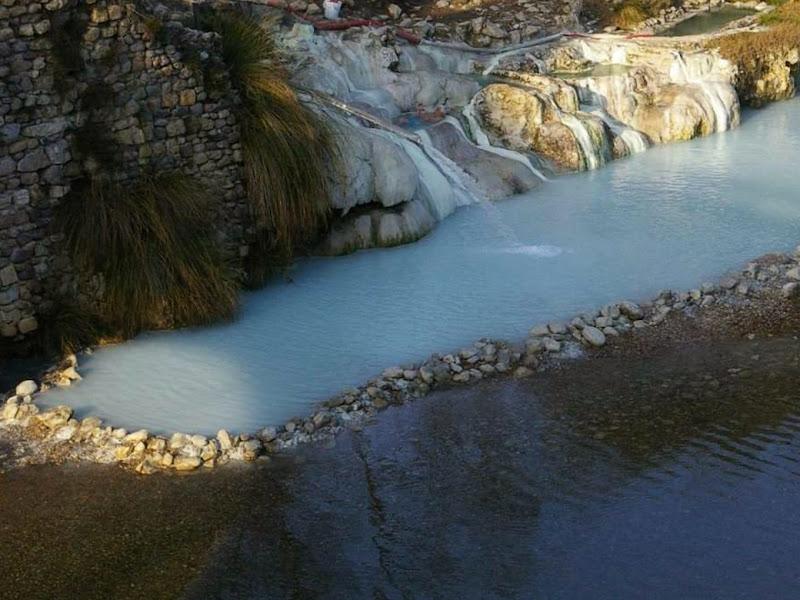 Aqua Bagni di Petriolo, Monticiano