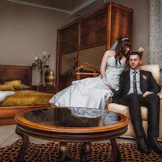 Wedding photographer Dmitriy Dmitrov (Dmitrov). Photo of 24.02.2015