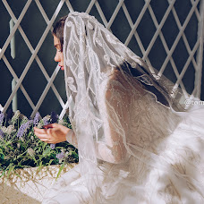 Wedding photographer Toma Uzhahova (Toma). Photo of 30.07.2018