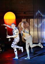 Photo: IM REICH DER TIERE von Roland Schimmelpfennig. Inszenierung: Roland Schimmelpfennig. Premiere 28. 2.2015. Oliver Stokowski, Johann Adam Oest. Copyright: Barbara Zeininger