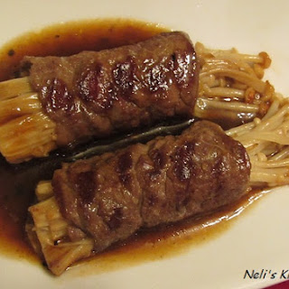 Enoki Mushroom Beef Roll in Black Pepper Sauce.