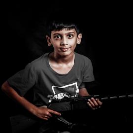 I'm the boss by Fawad Hashmi - Babies & Children Children Candids