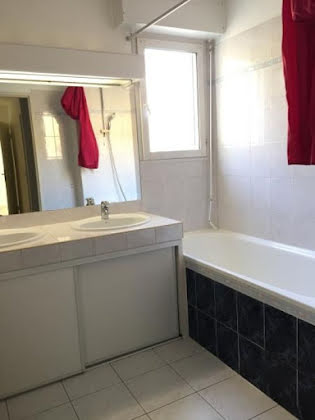 Location appartement 3 pièces 82,22 m2