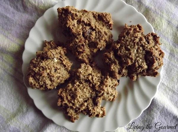 Chunky Oatmeal Cookies Recipe