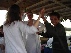 Photo: Freude,Tanz und Leichtigkeit nach der Heilungszeremonie am Nil