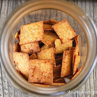 Whole Wheat Sriracha Cheese Crackers