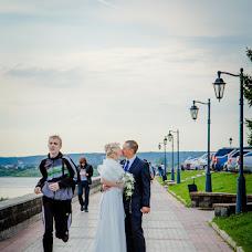 Wedding photographer Viktoriya Glushkova (Toori). Photo of 18.10.2013