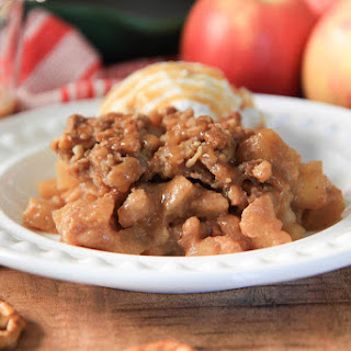Salted Caramel Apple Crisp With Pretzel Topping