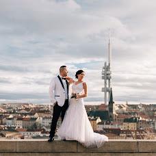 Wedding photographer Viktor Lomeyko (ViktorLom). Photo of 24.12.2015