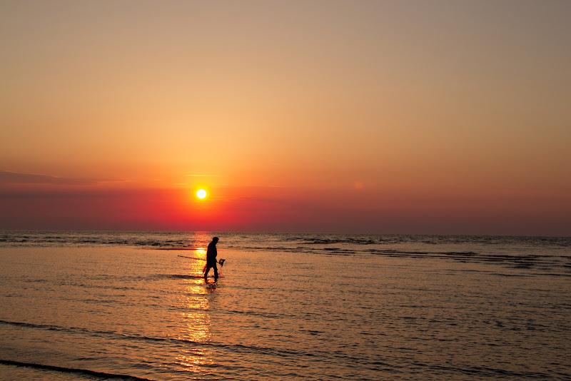 pescatore all'alba ... di paolo_ross