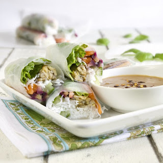 Thai Spring Rolls with Spicy Peanut Sauce