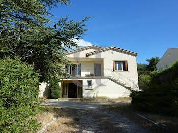 Villa 7 pièces 197 m2