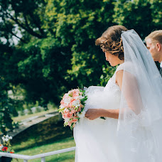 Wedding photographer Elena Gankevich (GanLena300877). Photo of 08.11.2015