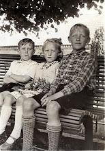 Photo: Hendrik, Jantje en Tienus Martens