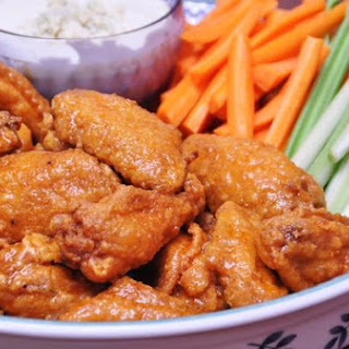 Hooter's Hot Wings (Copy Cat Recipe).