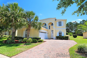 Orlando villa, close to Disney, secluded pool and spa, conservation view, games room
