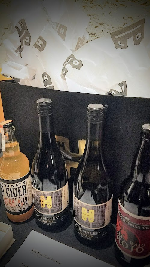 Alto Bajo exclusive beverages, such as a special alcoholic cider from Reverend Nat's called Sidra del Sol, a Red Ale special beer from Royale Brewing, and a red and white wine from Willamette Valley