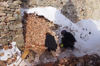 Photo: máme základy múru, začíname budovať