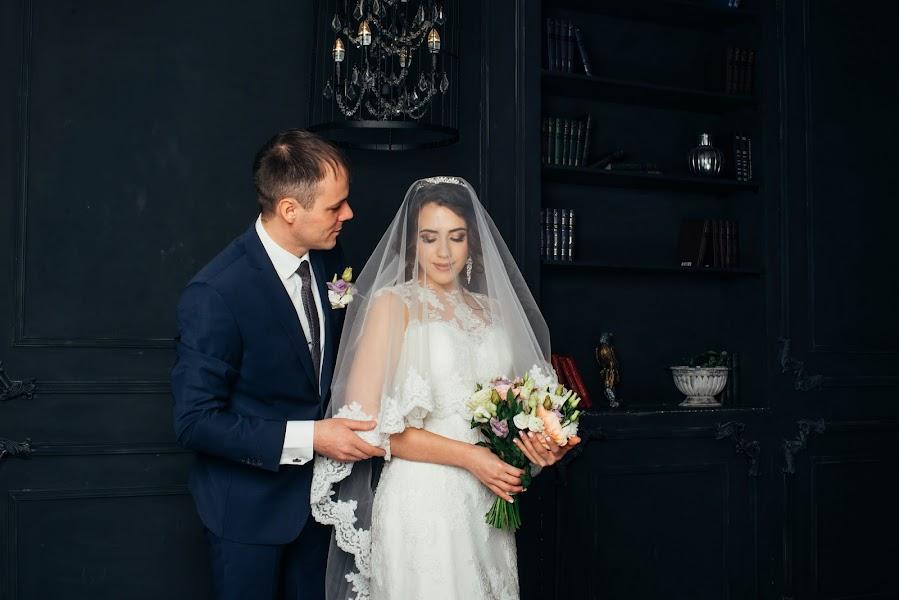 Wedding photographer Stanislav Dubrovin (dubrovin). Photo of 24.02.2019