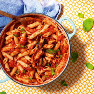 Tomato And Basil Pasta Sauce Recipe With A Soy Sauce Twist