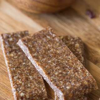 Five Ingredient No Bake Energy Bars Recipe