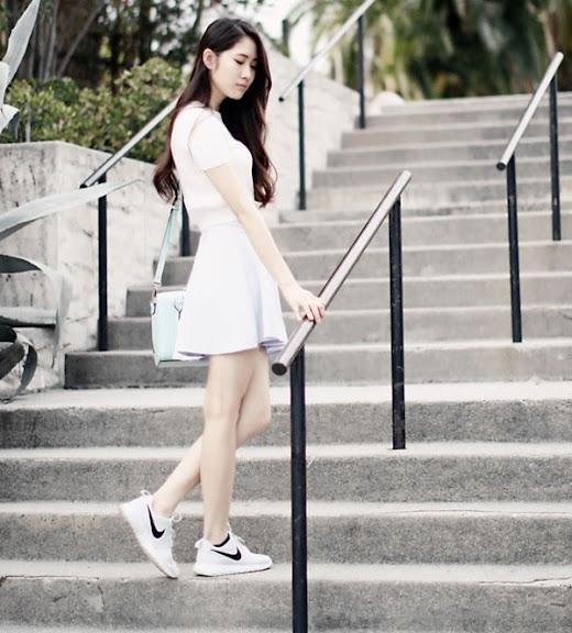 Phối Đầm suông + giày thể thao 7