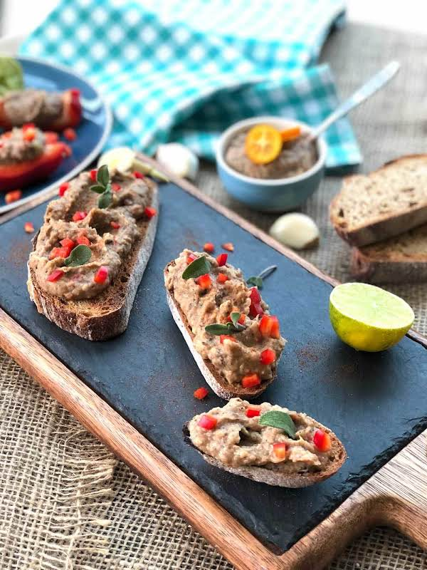 Garlicky Black Eyed Beans Pâté On Sourdough Toast Recipe