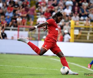 """Mbokani toont zich weer als de beste van België: """"Hij is een complete spits"""" en """"Als hij er zin in heeft, is hij niet te stuiten"""""""