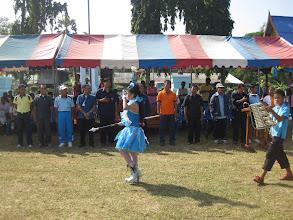 Photo: กองดุริยางค์โรงเรียนเดินผ่านท่านประธานในพิธี ตัวแทนอบต.สตึกและผู้นำหมู่บ้าน