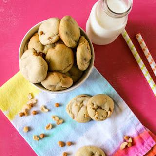 Chewy Cashew Caramel Cookies