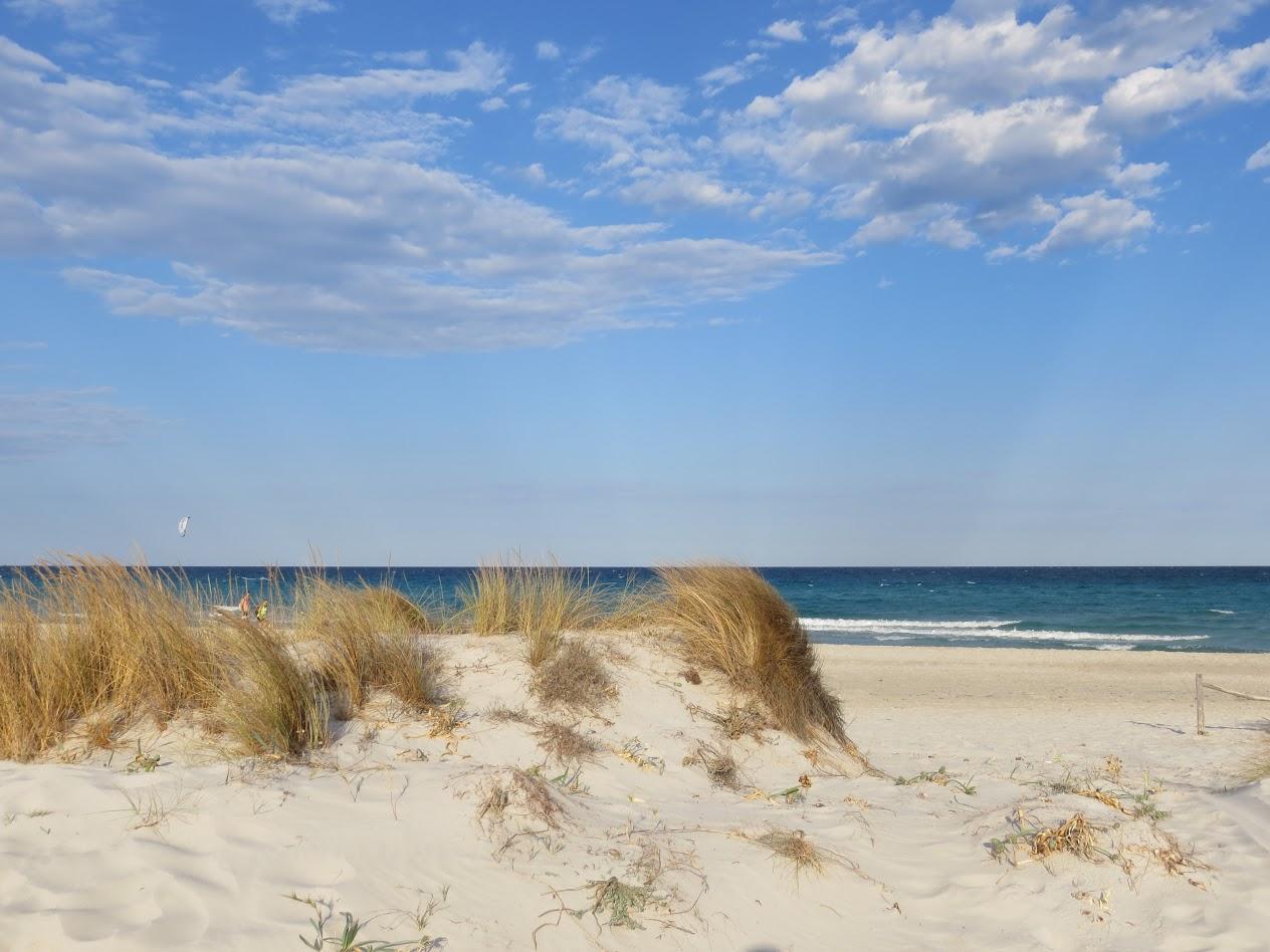 Пляж и песок. Ветер и море