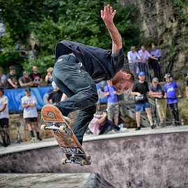 Perfect Jump by Marco Bertamé - Sports & Fitness Other Sports ( skateboarding, flying, rope, skateboard, jump,  )