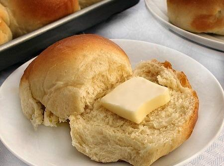 Butter Rich Dinner/sandwich Rolls Recipe