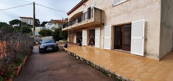 Maison 6 pièces 185,64 m2