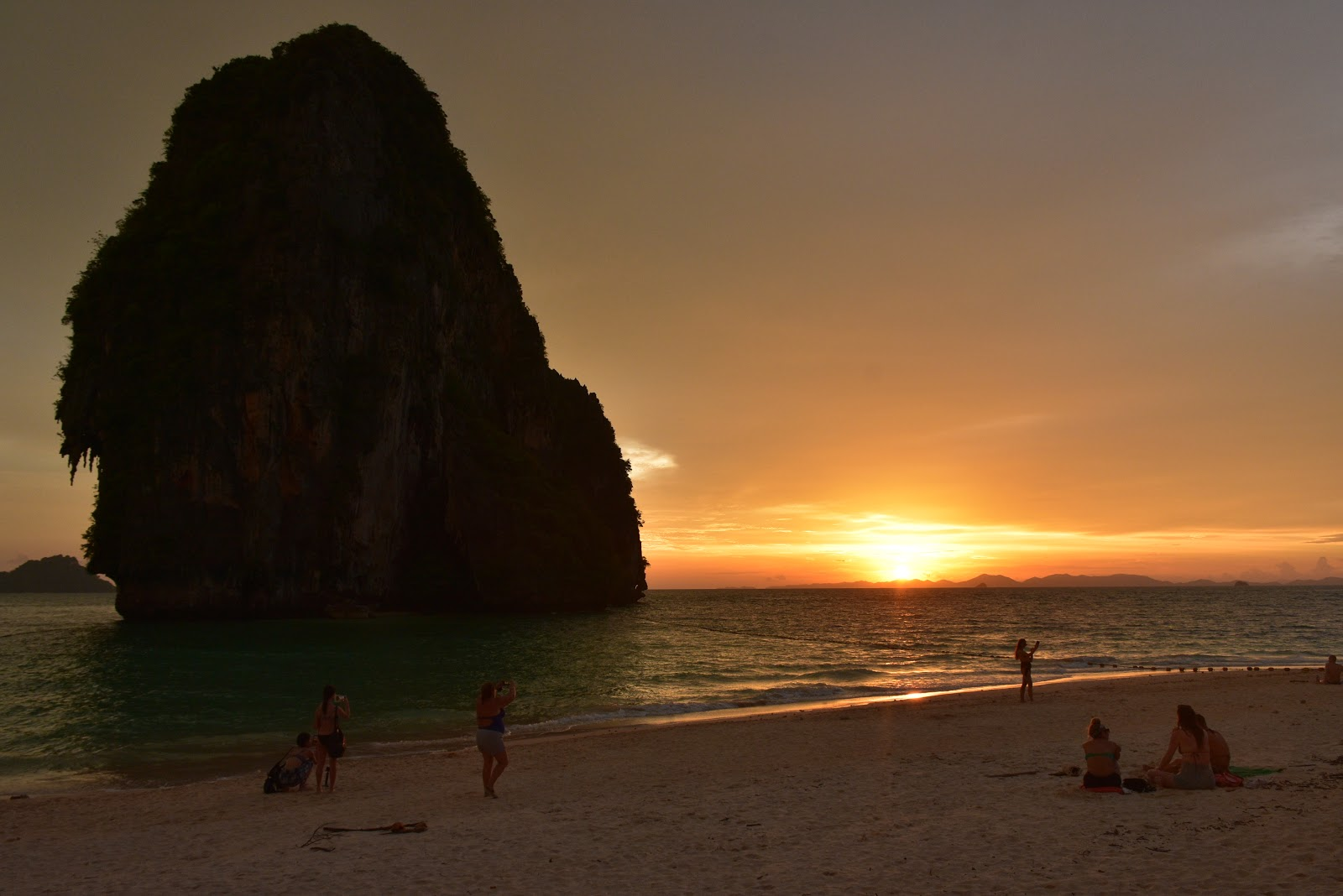 Sea Eagle Sunset Tour to 4 Islands in Krabi