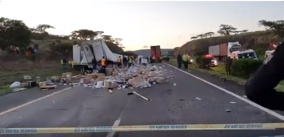 N3 closed for six hours after two die in truck accident - TimesLIVE