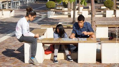 Photo: a cafarnao si gioca a carte sulle nuove panchine