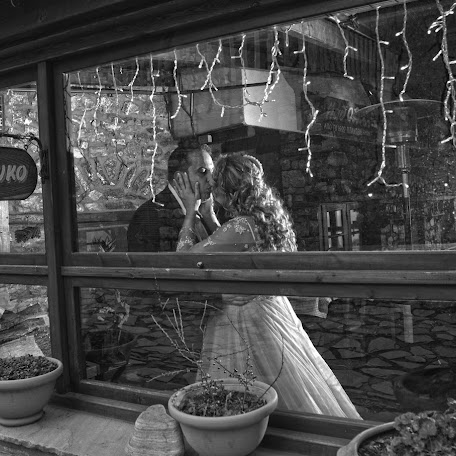 Wedding photographer Photo Hasapetis (1965). Photo of 03.01.2018