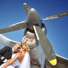 Wedding photographer Oleg Isachenko (pro100photo). Photo of 18.06.2014