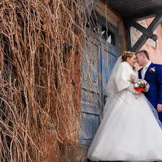 Wedding photographer Mariya Staricina (Staritsina). Photo of 11.04.2015