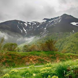 by Ed  von Ems - Landscapes Mountains & Hills