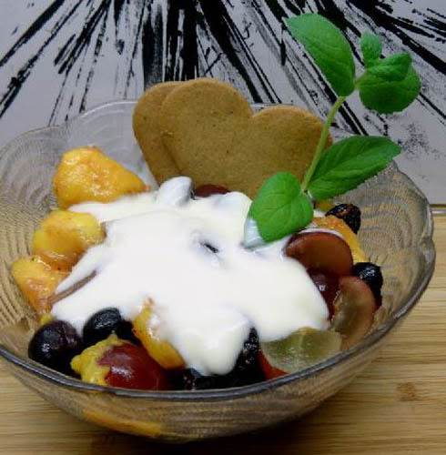 Fresh Fruit With Creamy Grand Marnier Sauce Recipe