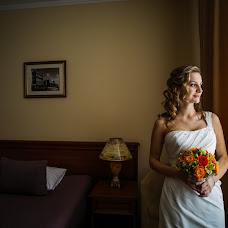 Wedding photographer Ilya Kolesov (honeyIlya). Photo of 17.12.2014