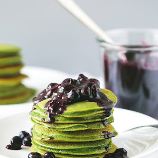 Green Smoothie Pancakes with Macerated Blueberries.