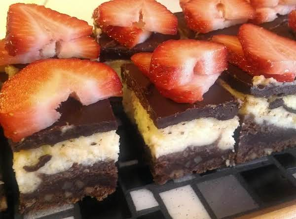 Bite Size Chocolate Fudge Cheesecake