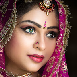 OLIVA by Red Photography - Wedding Bride (  )