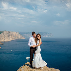 Wedding photographer Anatoliy Pismenyuk (Oriental). Photo of 01.02.2018