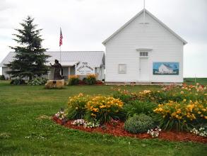 Photo: La Crosse WI to Portage WI Little school house