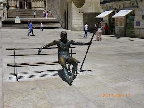 Photo: Le pelerin de bronze plaza do San Fernando
