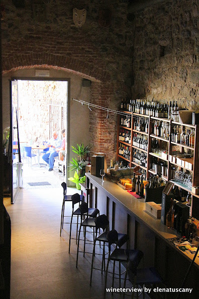 enoteca piazza del sale, cantina piazza del sale, enoteca grosseto, grosseto, grosseto vino, maremma wine, wine bar, wine bar maremma